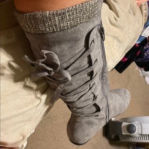 Grey size 10 boots